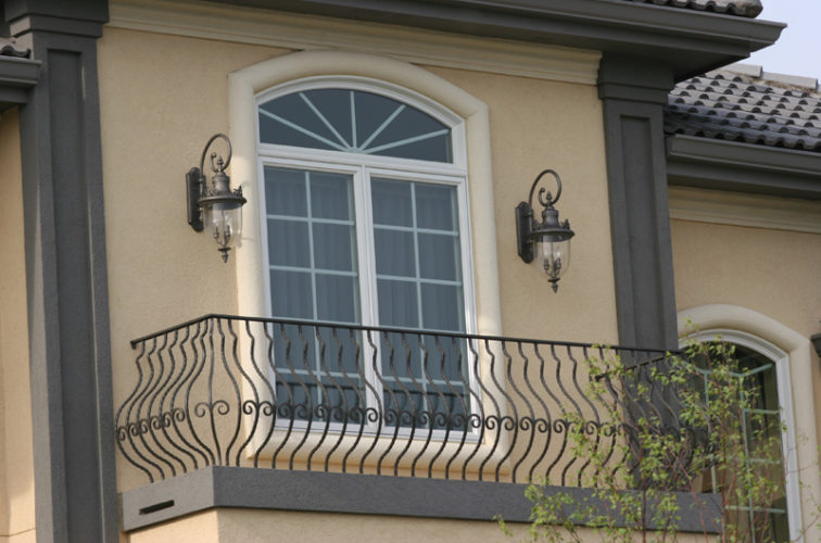 AmeriFence Corporation Wichita - Custom Railing, 2200 Balcony handrail with pot belly pickets