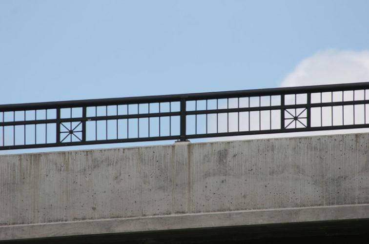 AmeriFence Corporation Wichita - Custom Railing, 2208 Railing with x accent