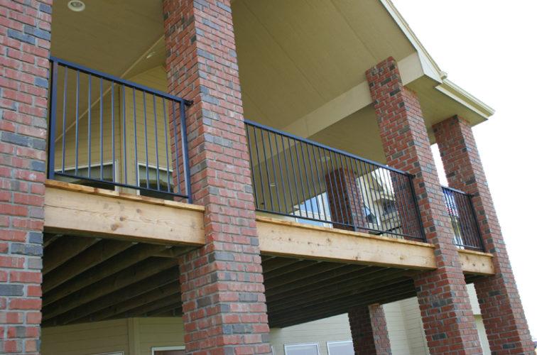AmeriFence Corporation Wichita - Custom Railing, 2213 Deck Railing