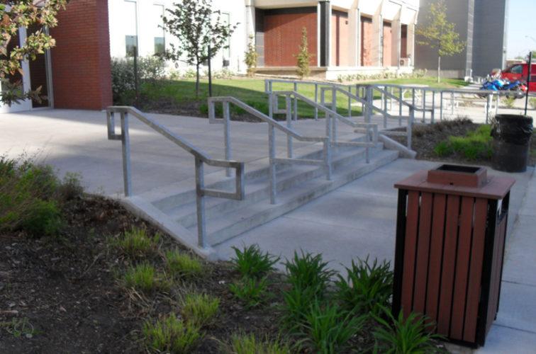 AmeriFence Corporation Wichita - Custom Railing, UNL Handrail